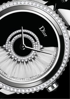 "Dior VIII Grand Bal ""Plumes"" model - Black ceramic - Diamonds - Details"