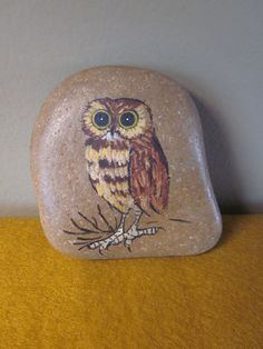"""Painted rock with cute owl. Signed by the artist- """"Burrowing Owl"""" Taos, NM A Glanz Rock is heavy. Painted Rocks Owls, Owl Rocks, Painted Stones, Seashell Painting, Stone Painting, Rock Painting, Felt Owls, Rock And Pebbles, Owl Crafts"""