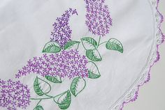 i love lilacs Lilac Bedroom, Linnet, Lilacs, Runes, Table Runners, Favorite Things, Sewing, Crochet, House