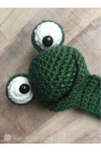 Frog Bookmark Amigurumi Crochet Pattern