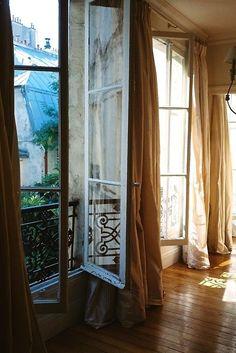 Paris༺ ♠ ༻*ŦƶȠ*༺ ♠ ༻