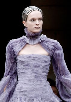 ANDREA JANKE Finest Accessories: Burton's Ice Queen for Alexander McQueen