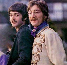 Paul Mccartney Beatles, Lennon And Mccartney, Great Bands, Cool Bands, Liverpool, Music Genius, Beatles Photos, Beatles Art, The Fab Four