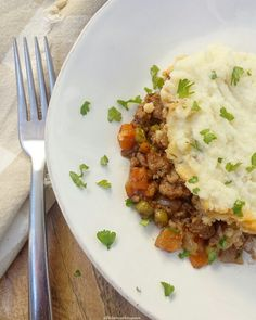 You can't celebrate St. Patrick's Day without shepherd's pie! Whole30 and paleo, this slow cooker version of the Irish classic is healthy & easy.