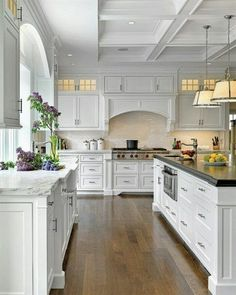Quite possibly the perfect kitchen...