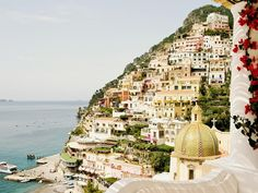 """SEE ITALY IN SHOULDER SEASON.  """"September and October are wonderful months on the Amalfi Coast and Capri,"""" says Andrea Grisdale of IC Bellagio. """"Summer crowds are gone, and it's warm enough to swim. Le Sirenuse is my favorite hotel in Positano."""""""