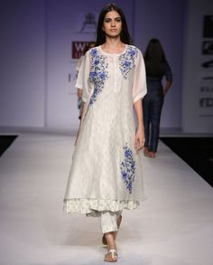 Pratima Pandey Ivory Kurti with Floral Embroidery