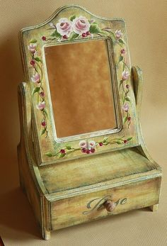 Wooden painting wooden jewelry box models – Wood Works – Just another WordPress site Wooden Painting, Balkon Design, Decoupage Vintage, Wooden Jewelry Boxes, Do It Yourself Home, Jewelry Organization, Furniture Makeover, Painted Furniture, Decoration