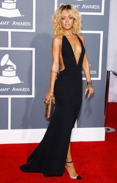 Rihanna Style - Fashion Pictures of Rihanna - Elle Rihanna Dress, Rihanna Mode, Rihanna Style, Rihanna Fashion, Elegant Dresses, Sexy Dresses, Rihanna Red Carpet, Dress Images, Models