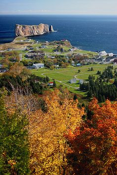 Percé in autumn, Quebec, Canada / Everyone`s Creative Travel Spot Places Around The World, Oh The Places You'll Go, Places To Travel, Places To Visit, Around The Worlds, Ottawa, Torre Cn, Mexico Canada, Province Du Canada