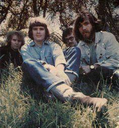 Creedence Clearwater Revival at Woodstock 1969 Rock N Roll Music, Rock And Roll, Freddie Mercury, John Fogerty, Rock & Pop, Musica Pop, Creedence Clearwater Revival, Music Pics, Music Music