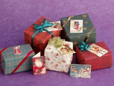 Treefeather -  Link to Christmas Index -  Click on Printies to go to Printies Index - Beautiful wrapping paper and a lot more