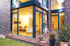 Homeplaza - Energieeffiziente Fenstertüren verbessern das Wohnklima deutlich - Der Sonne elegant Einlass gewähren