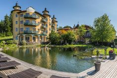 im Hotel Guglwald ****s Das Hotel, Wellness, Mansions, House Styles, Home, Recovery, Feel Better, Health, Manor Houses
