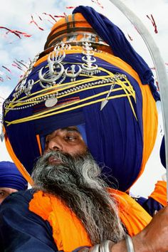 Nihang Senior. His turban is 415 meters long!!!! Nihang Singh, the warriors of 10th Guru of Sikhs Guru Gobind Singh. They are known for their unique turbans and being bold, ferocious, dare devils and unpredictable. | Caption and Image © Capt Suresh Sharma.