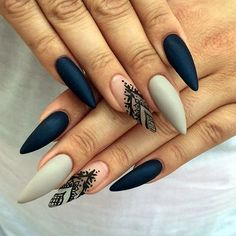 Easy Stiletto Nails Designs and Ideas (9)