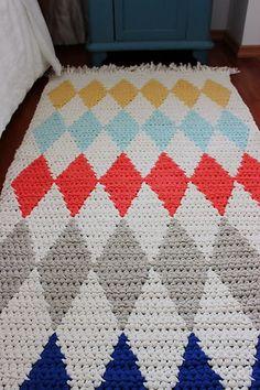 Ravelry: Crocheted diamond rug pattern by Pirjo Mälkiäinen