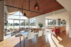 Mason and Wales Architecture – Invercargill House This is the look, but warmer…. Mason and Wales Architecture – Invercargill House This is the look, but warmer… Norway House, Bungalow Extensions, Gable House, Loft, Interior Design Inspiration, Design Ideas, Modern Farmhouse, Modern Barn, Future House