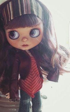 Eilidh by Sparkling Autumn Blythe doll.