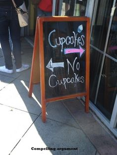Really funny picture: cupcakes vs. no cupcakes... For more hilarious humor and great joke pics visit www.bestfunnyjokes4u.com