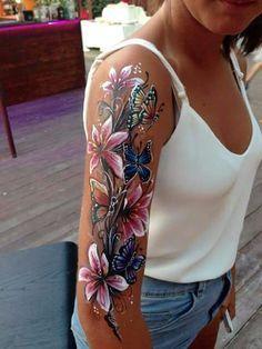 Braccio #lily_shoulder_tattoo