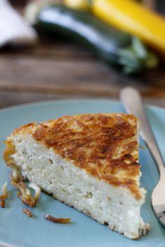 פשטידת פסטה מטוגנת Pasta Pie, Sandwiches, Food, Essen, Meals, Paninis, Yemek, Eten
