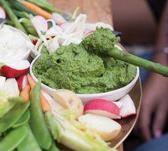 Annabel Langbein Green Goddess Hummus Recipe - Annabel Langbein Green Goddess Hummus Recipe Imágenes efectivas que le proporcionamos sobre diy cra - Party Food Quantities, Gourmet Recipes, Easy Recipes, Healthy Recipes, Quick Healthy Meals, Healthy Snacks, Kohlrabi Recipes, Green Goddess, Appetisers