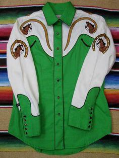 Rockmount Ranch Wear Men's Vintage Western Shirt: A Gene Autry 2 Tone Horse Cream and Green 2XL
