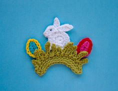 NEW PATTERN - Easter Rabbit Applique / Ornament PDF Crochet Pattern - Permission to Sell Finished Items