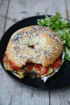 Bagel végétarien : mozzarella, aubergines et tomates confites