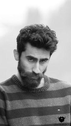 Männer das ist Eyüp mit seinem bemerkenswertem Vollbart. Vielen Dank für dein Bild.