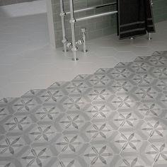 Hexagon bloem wit grijs zwart matte wand- en vloertegel 17,5 x 20 cm per m2 online bestellen - TEGELinfo