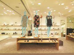 BARNEYS NEW YORK新宿店