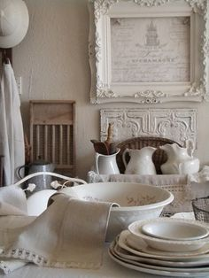 Perfect French Shabby Chic Interior Design – Shabby Chic Home Interiors Shabby Chic Interiors, Shabby Chic Homes, Shabby Chic Style, Shabby Chic Decor, Boho Decor, Rustic Wood Furniture, Cottage Furniture, Shabby Chic Kitchen, Retro Home Decor