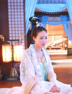 Hanfu:traditional Chinese costume. Zhang Junning in 'Empress of China'.