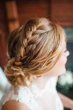 Lovely bridal braid: http://www.stylemepretty.com/2015/03/20/intimate-tent-wedding-at-welkinweir-estate/ | Photography: Rachel Pearlman - http://www.rachelpearlmanphotography.com/#!/home