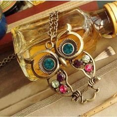 Material: Multi-tone gold  Condition: New  Available Sizes: Short (16-20 Inches)  Available Colors: Gold    Crystal Owl Pendant Necklace Vintage Gold