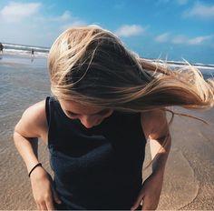 pin ➸ sarahbarnett02 Foto Instagram, Beach Hair, Travel Photography, Photography Ideas, Beautiful Outfits, Pretty Girls, Korean Fashion, Female, Junk Drawer