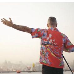 Robbie Williams, Button Down Shirt, Men Casual, Mens Tops, Shirts, Fashion, Songs, Singers, Moda