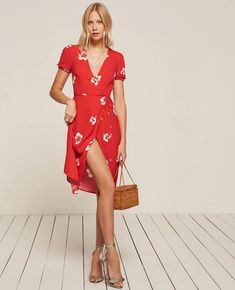 Addy red floral wrap dress red Reformation Source by Floral Dresses Robes Western, Western Dresses, Red Wrap Dress, Red Floral Dress, Floral Dresses, Red Summer Dresses, Short Sleeve Dresses, Sandro, Silky Dress