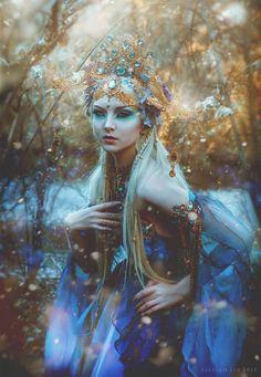 Remember the Empress of the Elves Gown we created? I sent it to Model Maria Amanda (mariaamanda.deviantart.com) and Photographer Lillian Liu Photography Look at this enchanting ...