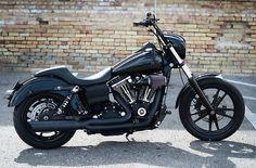 Harley-Davidson : Dyna Street Bob 120R - http://www.legendaryfind.com/carsforsale/harley-davidson-dyna-street-bob-120r-2/