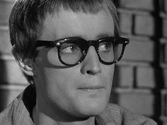 Napoleon Solo, David Mccallum, The Man From Uncle, Glasses, Craft Ideas, Ncis, Movie, Star, Eyewear