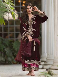 indian fashion Anarkali -- Click Visit link above for more info Pakistani Dress Design, Pakistani Outfits, Pakistani Wedding Dresses, Indian Dresses, Indian Outfits, Velvet Pakistani Dress, Latest Pakistani Fashion, Indian Attire, Indian Wear