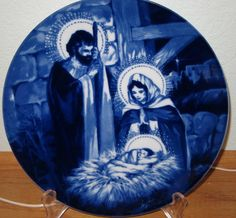 Blue & white nativity Avon plate