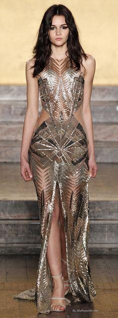 Fall 2016 Ready-to-Wear Cushnie et Ochs | #highfashion #inspiration #moderndesign luxury design, luxury, fashion. Visit www.memoir.pt