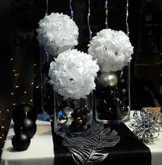 A centerpiece for a wedding decoration in black and white. et blanc and white Source by artsephemeres Chanel Birthday Party, Elegant Birthday Party, 60th Birthday Party, Black Centerpieces, Centerpiece Decorations, Wedding Decorations, White Centerpiece, Centerpiece Wedding, Black And White Party Decorations