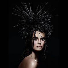 Dressing the head... #work #makeup #beauty #seaurchin #headdress @martijnsenders #houseoforangemakeupschool by pernellkusmus