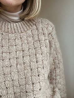 Knitting Projects, Knitting Patterns, Homemade Gifts For Friends, How To Start Knitting, Yarn Crafts, Wool Sweaters, Cable Knit, Knitwear, Knit Crochet