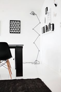 Eames DSW Chair http://www.cadesign.ie/furniture/dining-chairs/eames-dsw-chair-2/